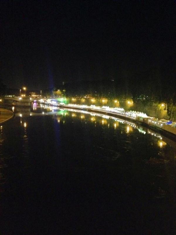 Tiber river walk