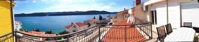 View, Neum