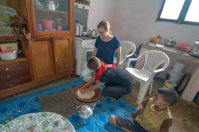'Moroccan Home in the Countryside' Learning to make the traditional Moroccan Meloui with our host mother for the day!