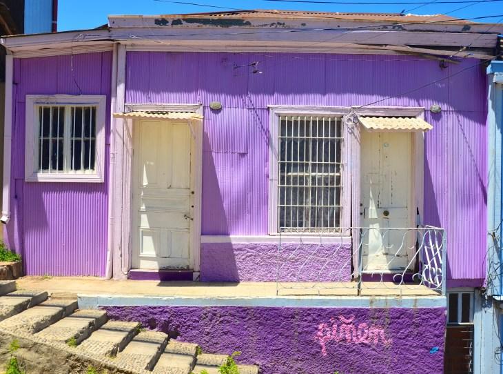 purple house, valparaiso, chile- McGowin- Photo 10