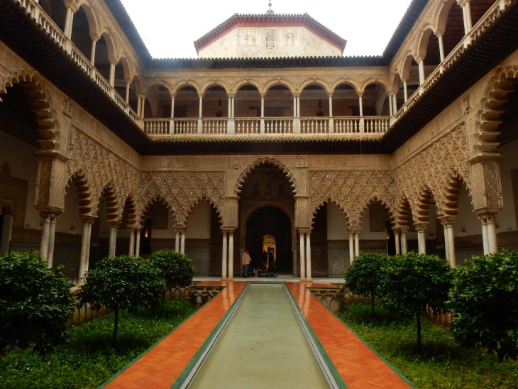 I love the courtyards and intricate wall carvings in the Alcázar.