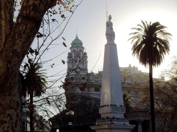 Plaza_de_Mayo
