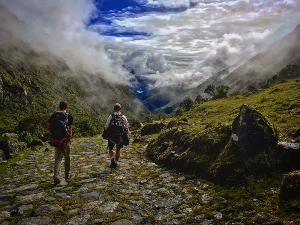 ISA students hiking in Cusco, Peru
