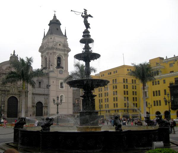 lima.peru.2011.plaza_de_armas