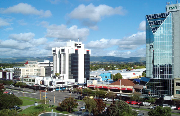 palmerston-northNZ_city_credit-cc-Aaron-Lawrence