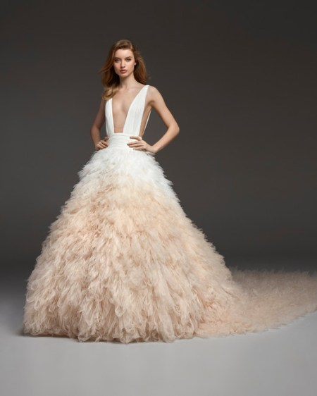 pronovias-wedding-dress-fall2019-24_vert