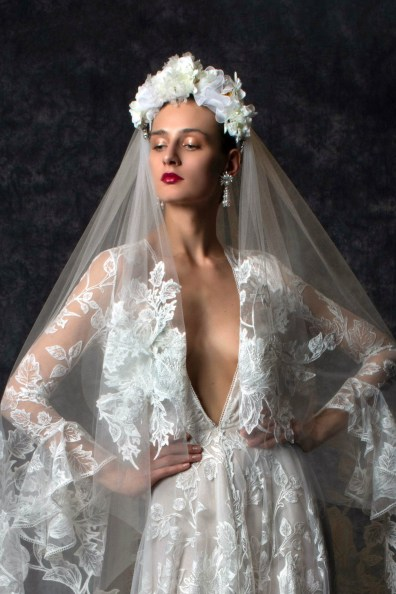 00001-Naeem-Khan-Bridal-SS20-Credit-UKMARACAIBO-PHOTOGRAPHY