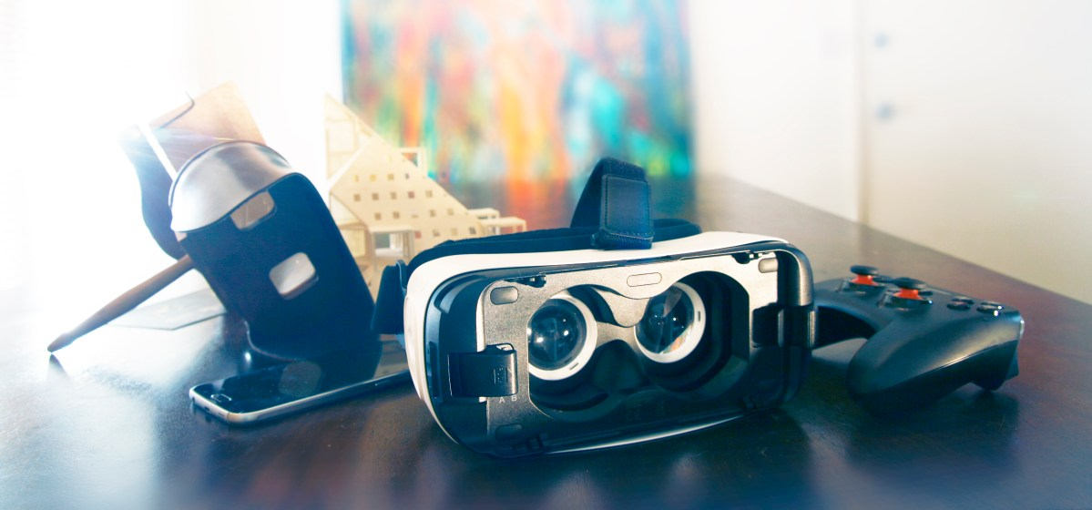 Virtual Reality for Design