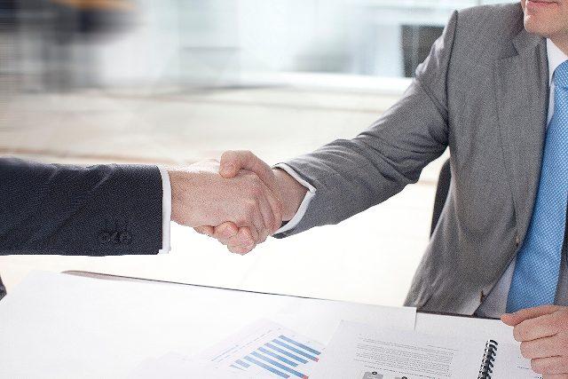 営業担当者を選んだ方がいい3つの理由