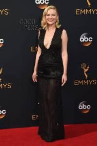 Kirsten Dunst emmy 2016