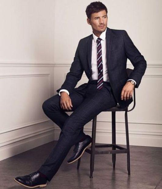 unbutton suit when sitting