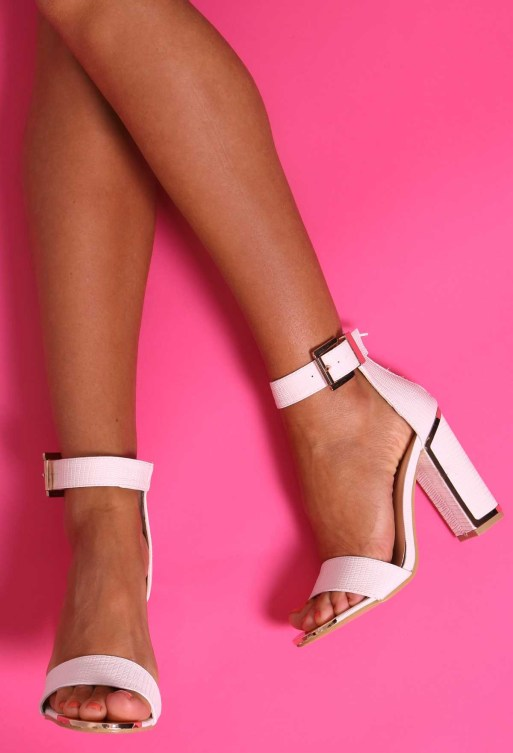 5 types of heels every stylish girl should own- block heels