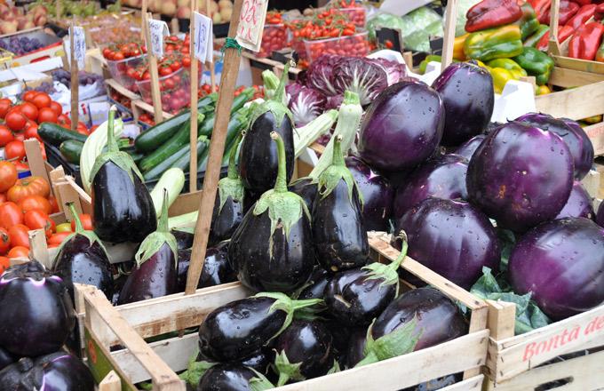 aubergines markt sicilie
