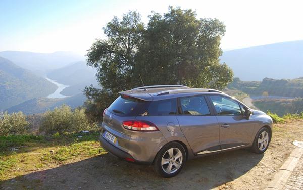 Huurauto road trip portugal spanje Porto Salamanca uitzicht