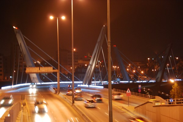 Abdoun Bridge nabij de 4th Circle in Amman