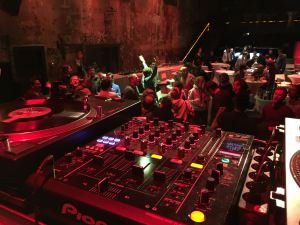 DJ Setup im Palais Kulturbrauerei