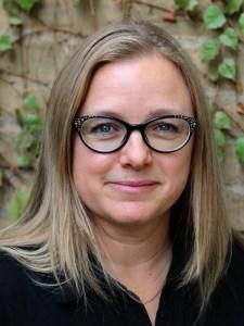 Patricia Caspers headshot