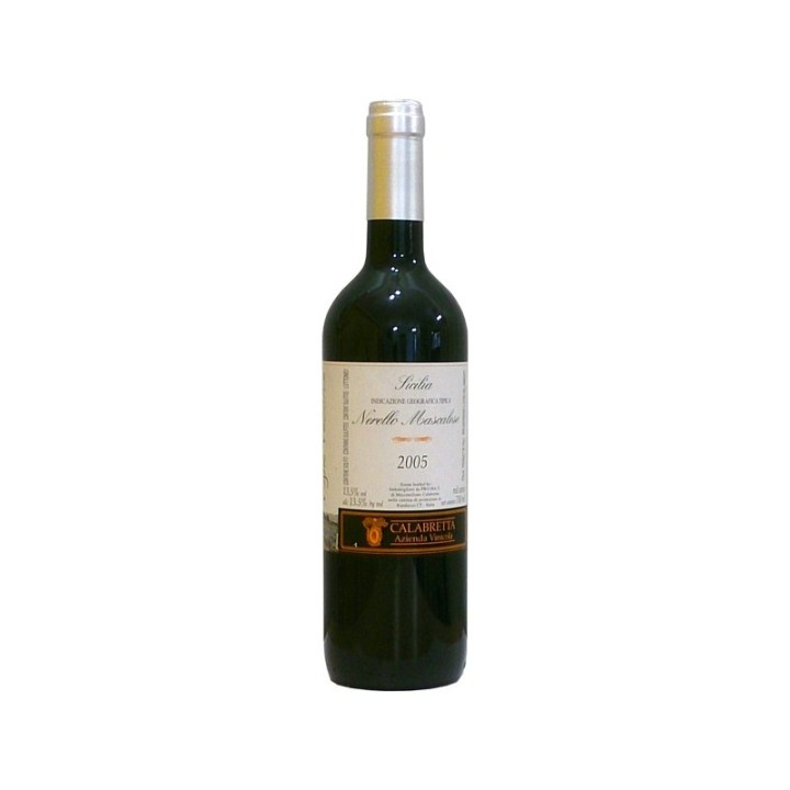 Chilled-Wine-Calabretta-Etna-Rosso