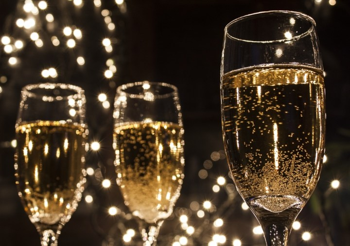 Wine-glasses-Champagne