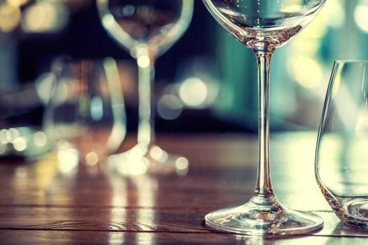 Wine-glasses-crystal