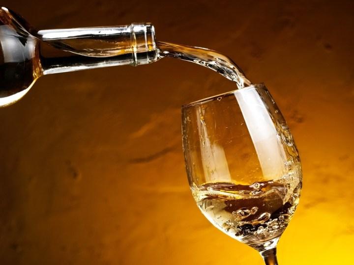 Wine-glasses-white