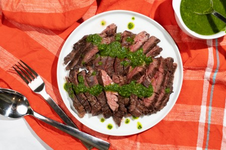 Easy Broiled Skirt Steak with Chimichurri