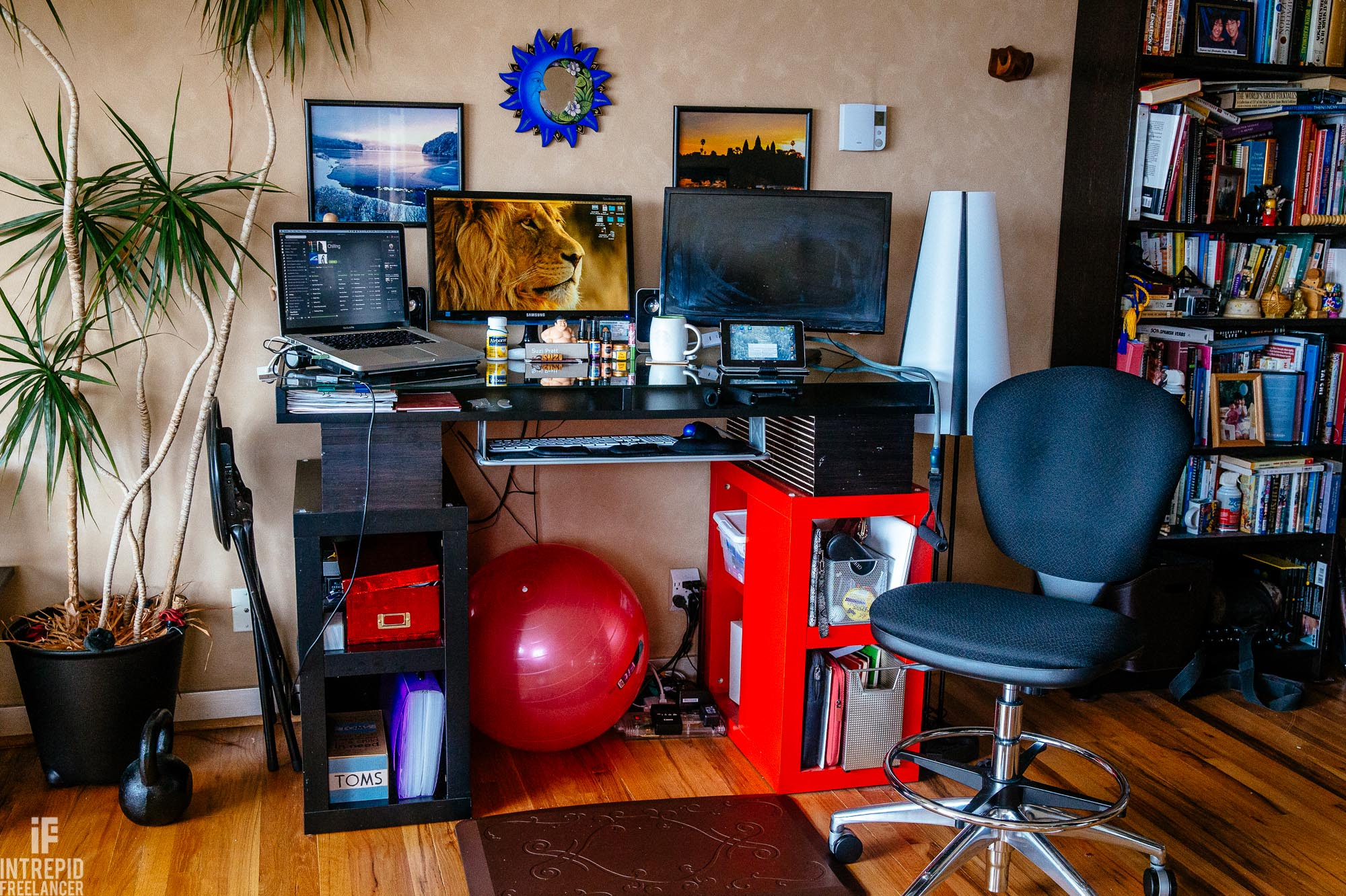 ergonomic standup desk