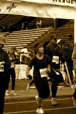 Suzi Pratt running