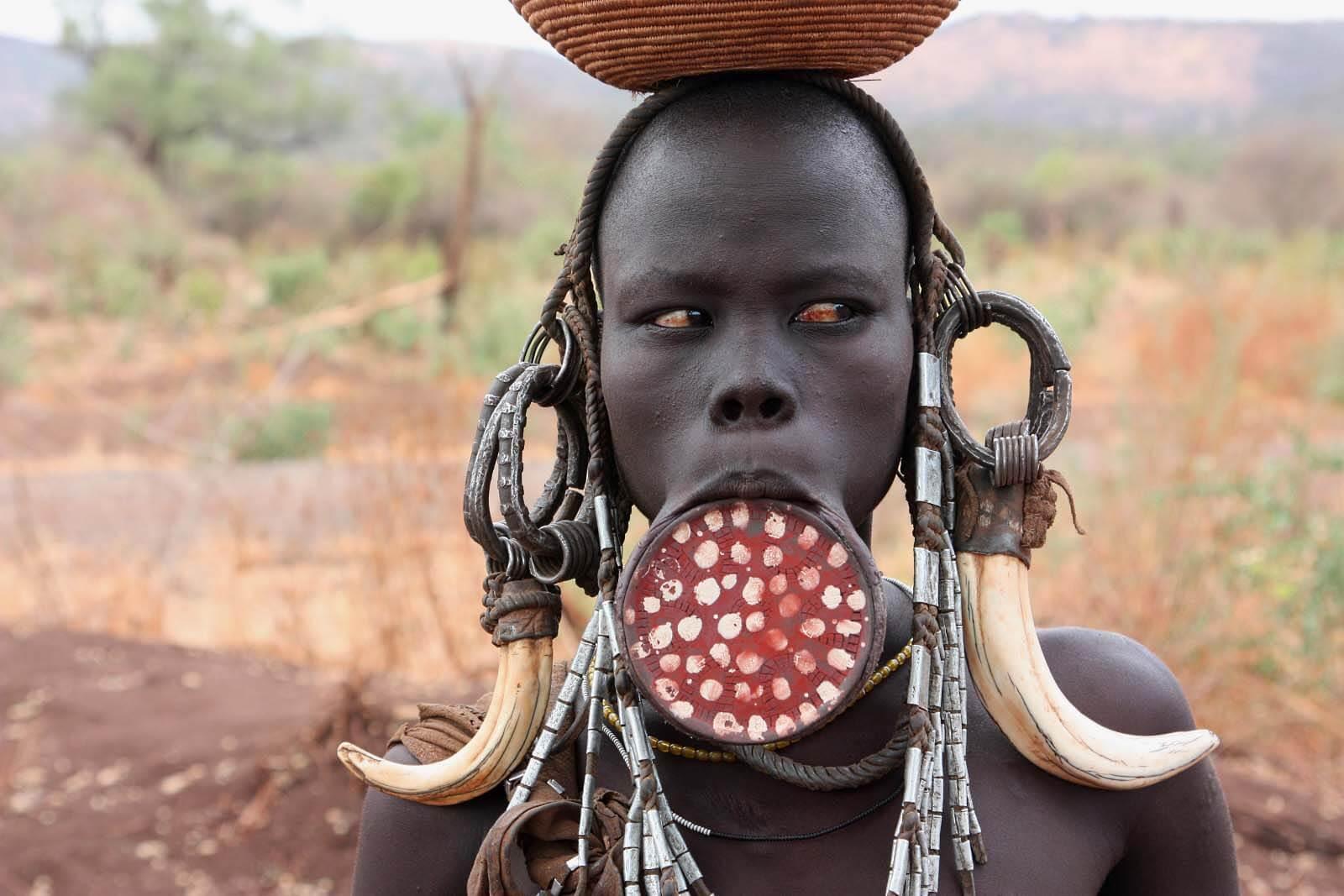 Mursi tribe Ethiopia - YouTube