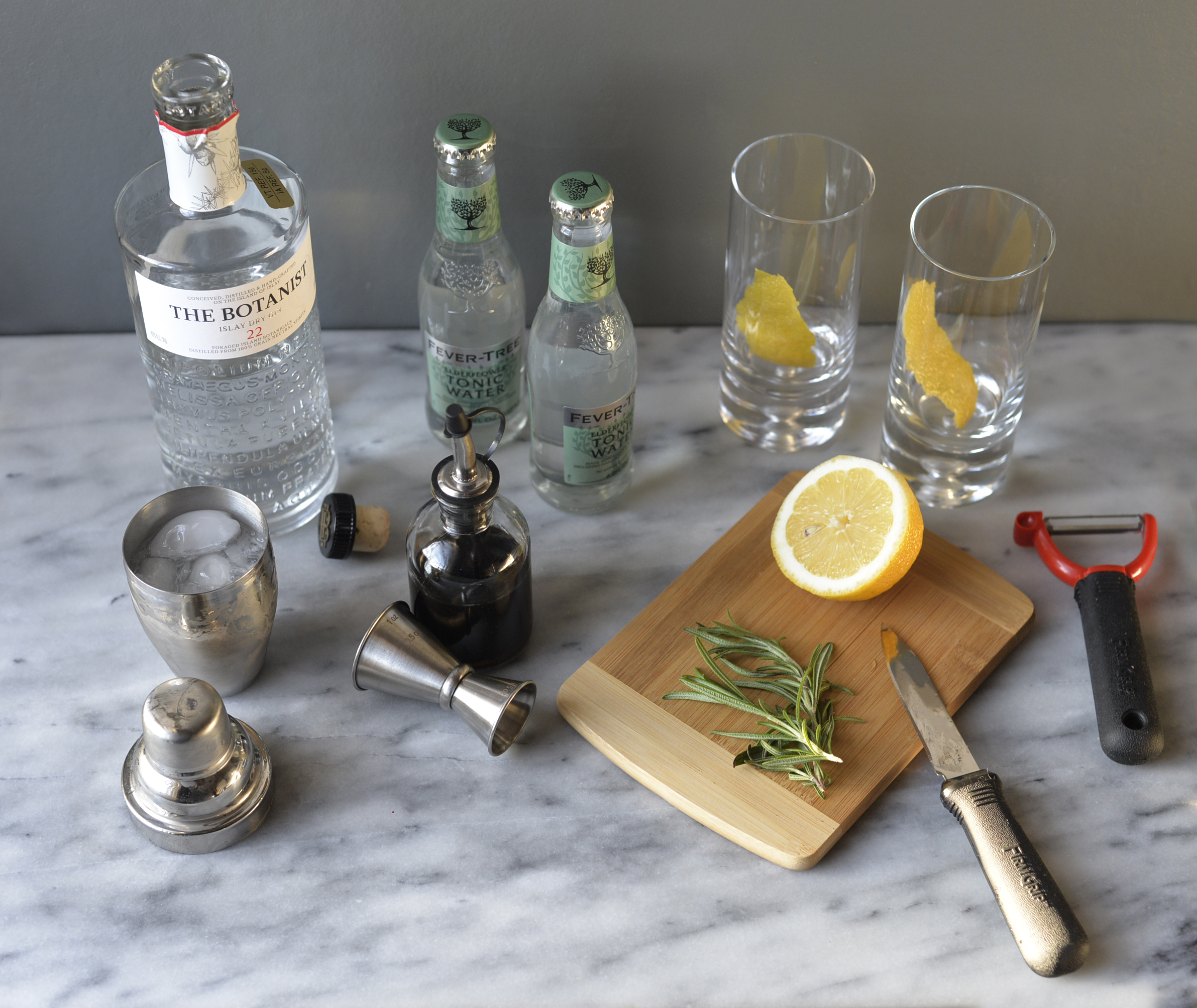 gin and tonic recipe for TableCraft blog