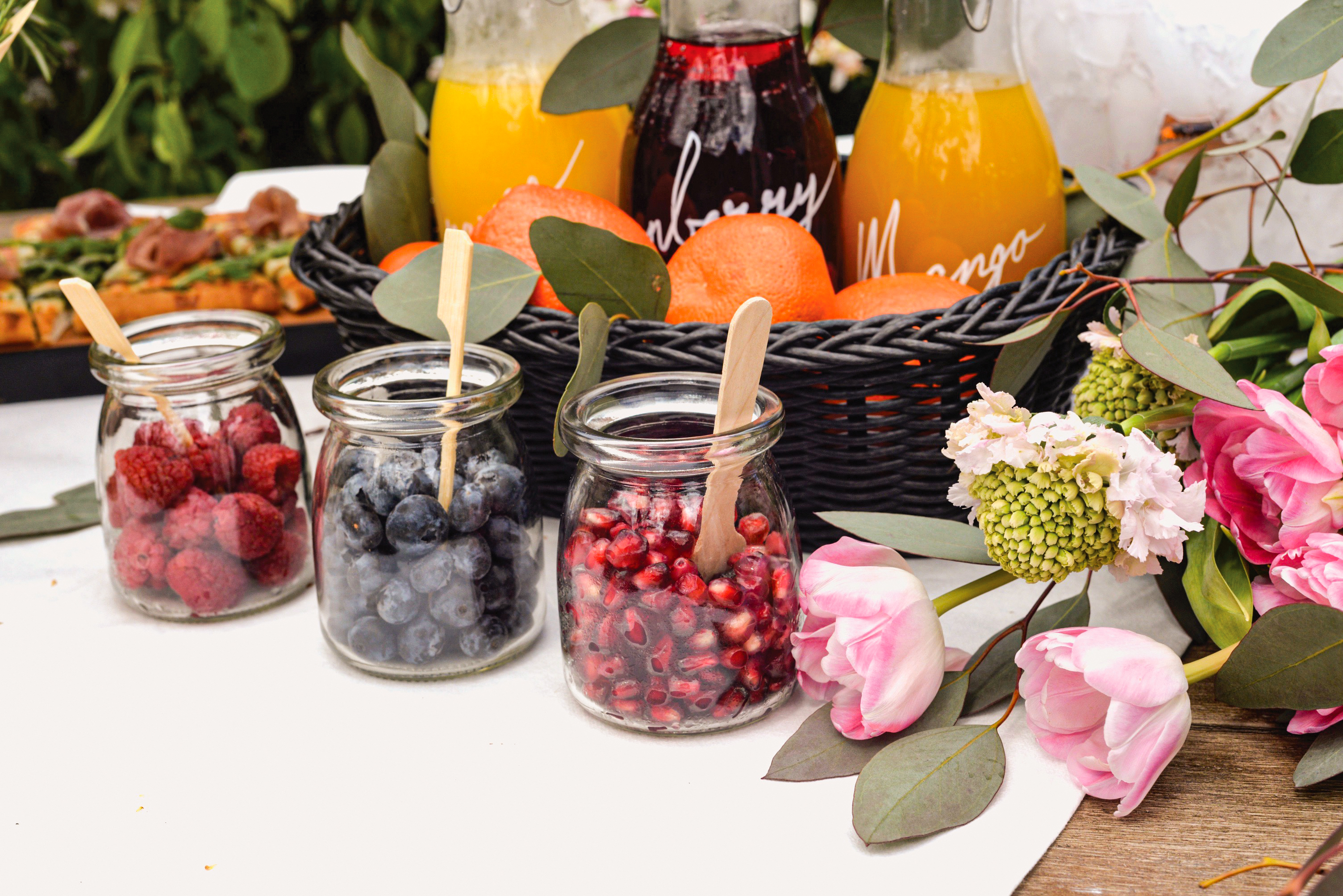 juice jars on wedding banquets from tablecraft