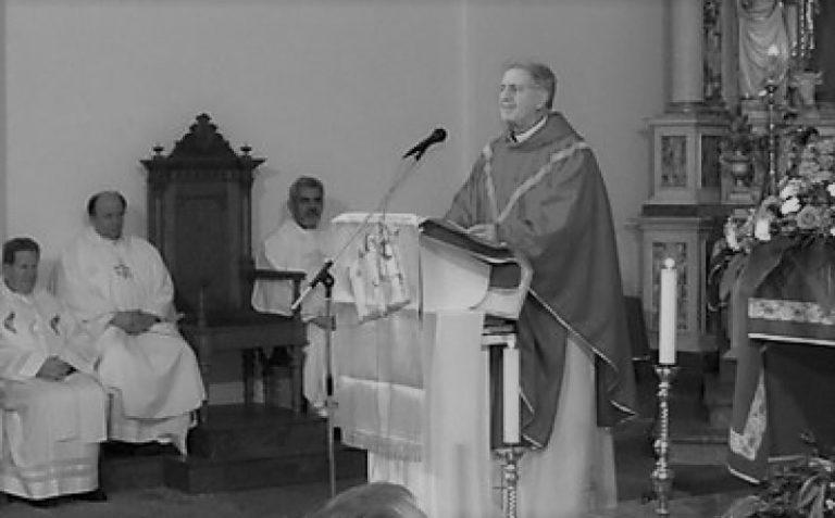 Jožko Berce v vrhpoljski cerkvi, kjer je služil 39 let