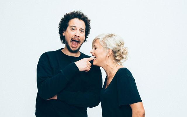 Wechseln vom Juegndsender zum Sender für Junggebliebene: Rosanna Grüter und John Bürgin.