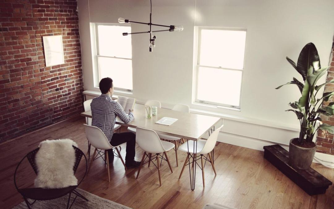 When hot desk turns into hot mess – time for an office rethink