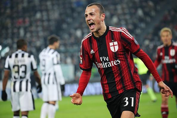 8 yıl aradan sonra takıma geri dönen Antonelli, ilk maçında Juventus'a gol atma başarısını gösterdi.