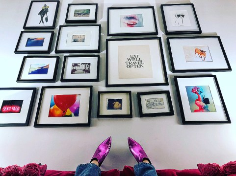 Gallery wall goals from @luxeandlouche