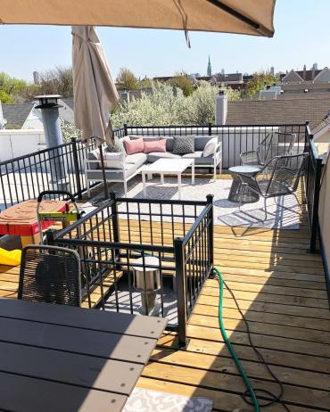 Chicago Tasker Isaac S. power-washed this deck for summer.