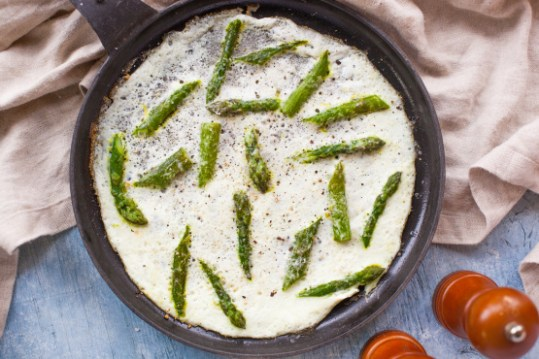 Low Calorie Asparagus and Egg Whites tastyfix