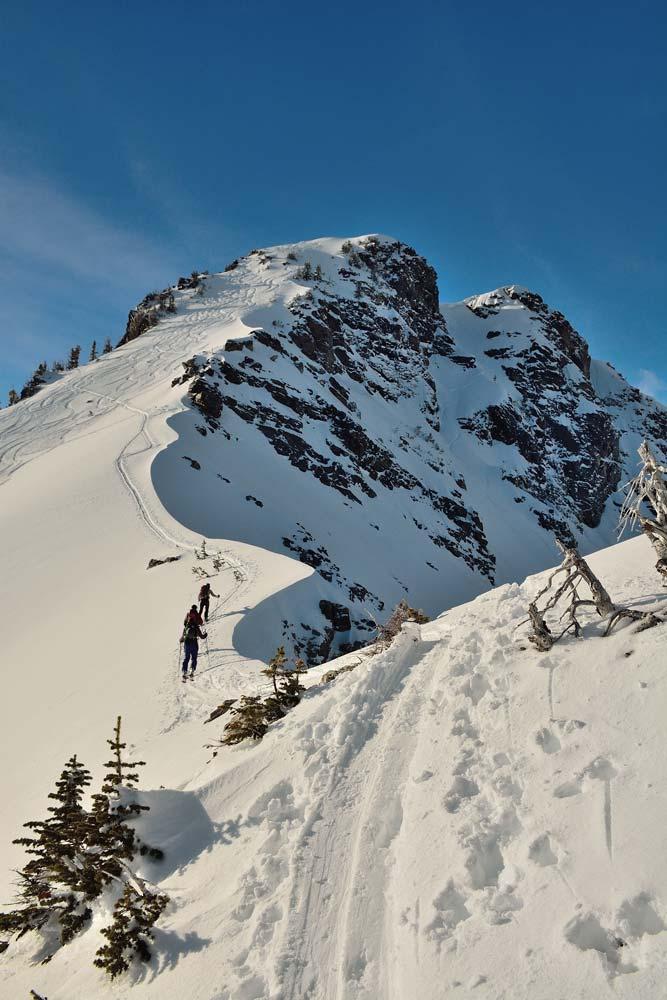 Luego de tres horas de caminata se acerca la cumbre del Albright peak. Foto: Diego Sáez