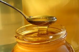 honey-in-hot-water