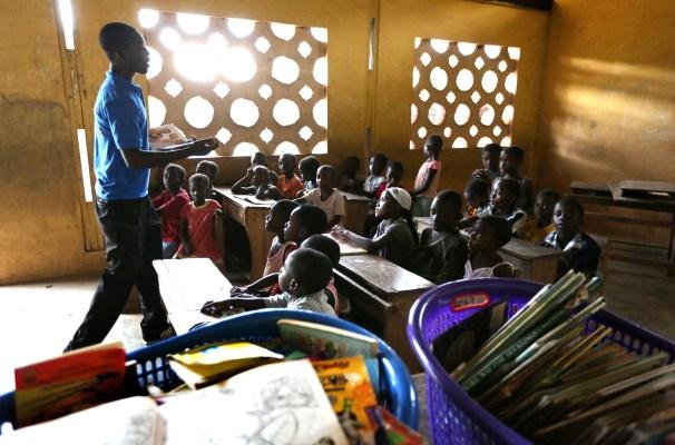 Global Fund for Children: Ghana A volunteer at Street Library Ghana.
