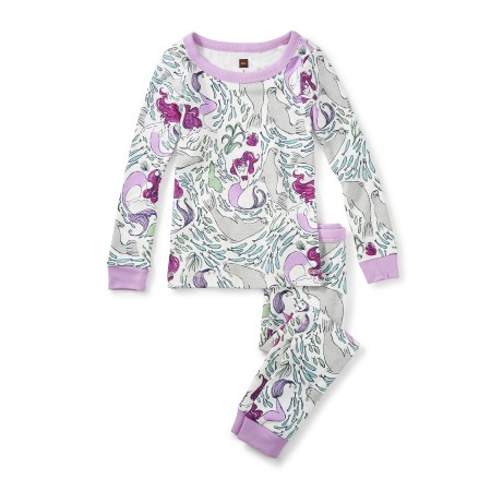 Girl Morrough Pajamas