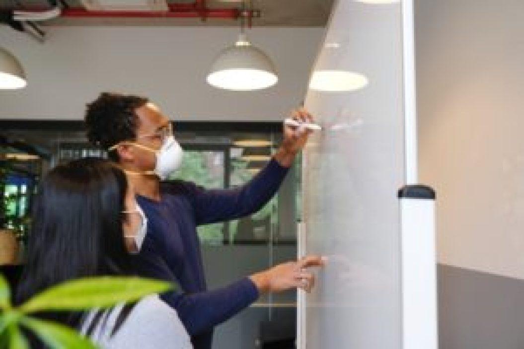 Receita mensal recorrente, ter a consciência dela é fundamental para gestão da sua empresa. Veja aqui!