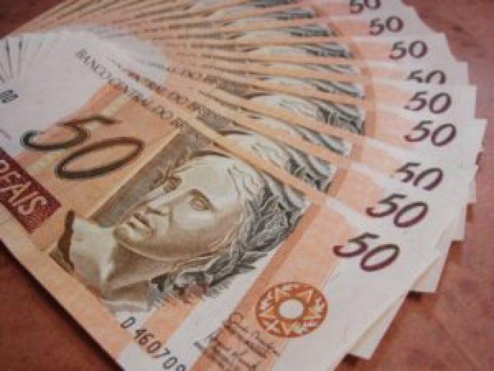 Veja a diferença entra a nota do milhão e a nota fiscal paulistana.