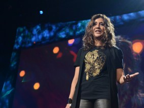 Walk with me, talk with me: Nilofer Merchant at TED2013