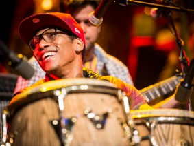 Laying down the beats on the main stage: Pedrito Martinez back at TED2013
