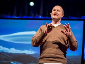 Live with your head in the clouds: Gavin Pretor-Pinney at TEDGlobal 2013