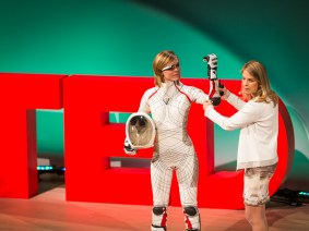 A power-generating jumprope, a sexy spacesuit and a swim from Cuba to Florida: A recap of TEDWomen 2013 session 1
