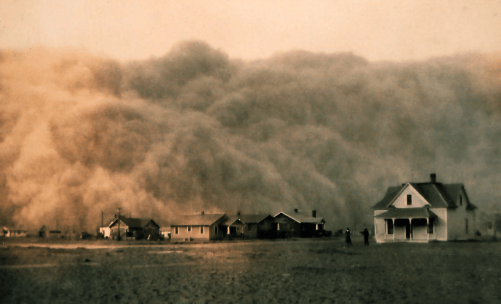 Dust storm in Texas in 1935 during the Dust Bowl