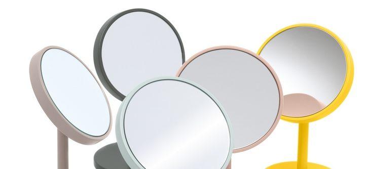 Un Miroir Grossissant Pour La Salle De Bains Comment Choisir Tendance Parfums Le Blog